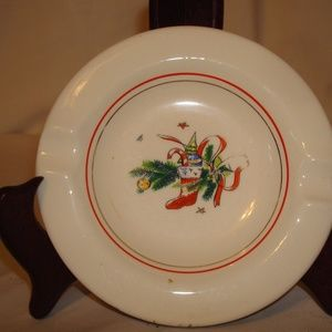 """Christmas Eve"" Schrockengost Salem Ashtray"